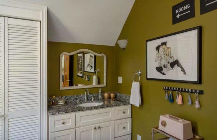 Grand Budapest Hotel bathroom (AirBnb/ARAS Imaging)