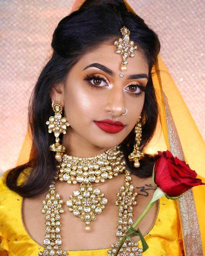 Bella (Hamel Patel)