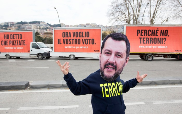 Tre Manifesti a Napoli, Campania (Riccardo De Luca/AP Images for Avaaz)