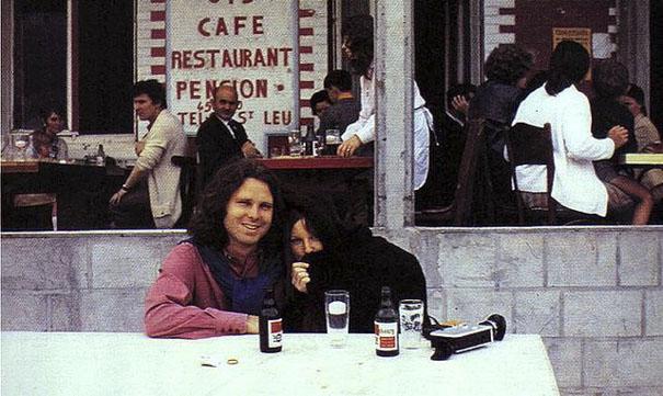 Jim Morrison e Pamela Courson (Alan Ronay)