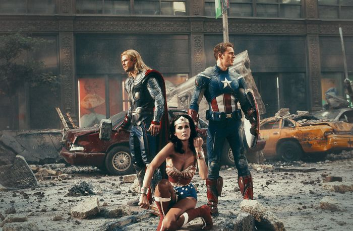 The Avengers 2012-Wonder Woman 1975 (Pop Culture Superheroes/Gianfranco Gallo)