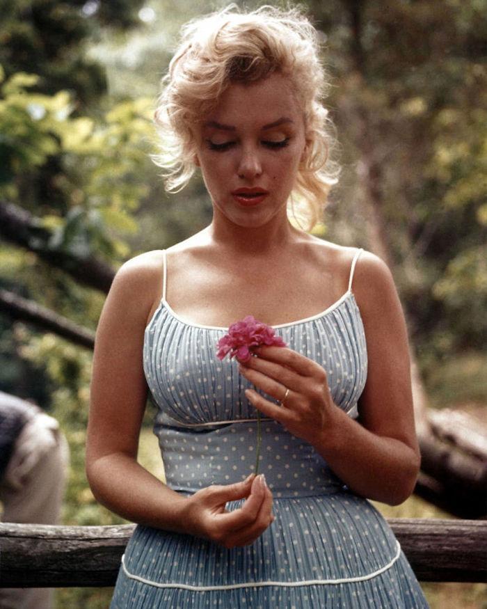 Marilyn Monroe (Velvet Coke/Instagram)